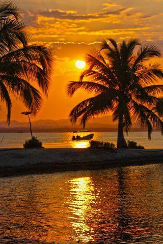 BAHIA-DE-AMATIQUE-IZABAL-FOTOGRAFO-CARLOS-CORDON