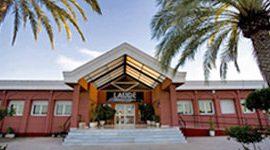 Laude Newton College - La excelencia 10