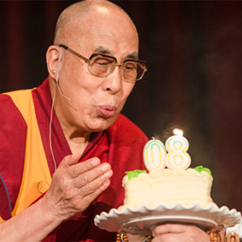 ayer el mundo celebró el 80º aniversario del dalai lama
