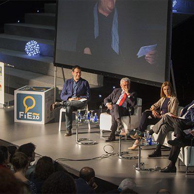 el foro internacional del (fie 2.0), galardonado en los vii premios magisterio protagonistas de la educación 2015