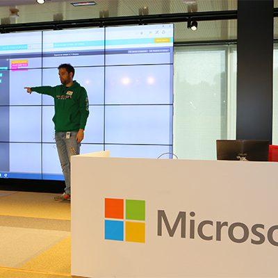 """hora del codigo microsoft, Microsoft celebra la """"Hora del Código"""" dando acceso a los niños al mundo de la programación, Revista NUVE"""