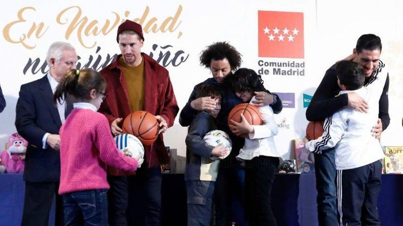 Sergio Ramos, Marcelo y Ayón, Ningún niño sin Regalo, Sergio Ramos, Marcelo y Ayón, Ningún niño sin Regalo, Revista NUVE