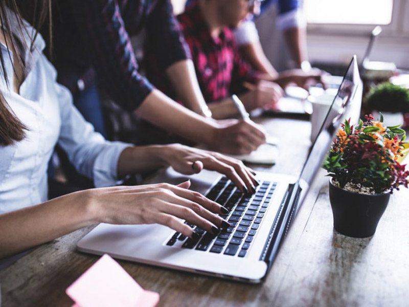 La falta de formación en digitales, barrera de crecimiento del IT en España, La falta de formación en digitales  barrera de crecimiento del IT en España, Revista NUVE