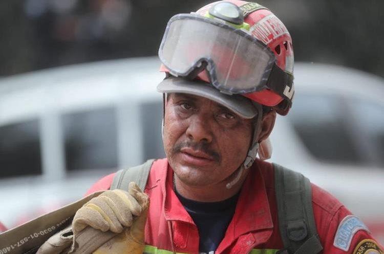 A todos nuestros amigos: El Pueblo de Guatemala nos necesita, A todos nuestros amigos: El Pueblo de Guatemala nos necesita, Revista NUVE