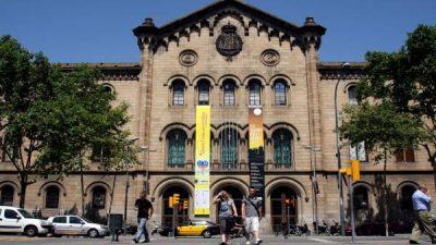 http://www.crue.org/SitePages/Inicio.aspx, Comunicado de Crue Universidades Españolas, Revista NUVE