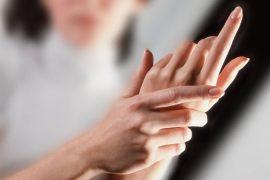 Desvelada la interacción entre el 'talón de Aquiles' del VIH y los anticuerpos más eficaces contra el virus., Desvelada la interacción entre el 'talón de Aquiles' del VIH y los anticuerpos más eficaces contra el virus., Revista NUVE