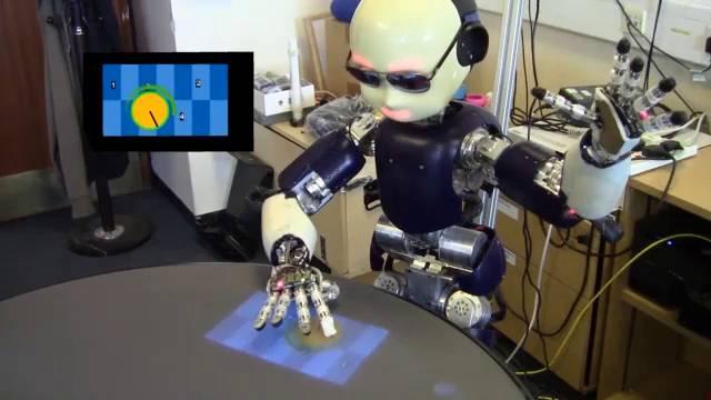 robot y pastico.jpg1